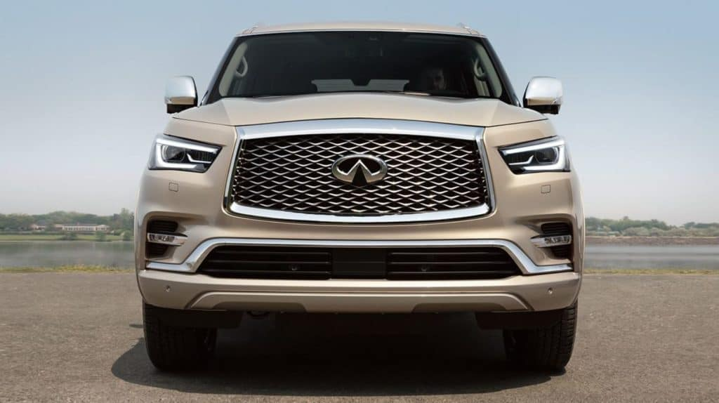 2018 QX80 Middle Image