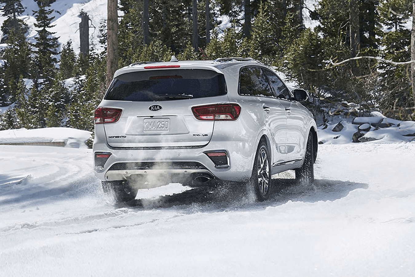 2019 Kia Sorento driving in snow