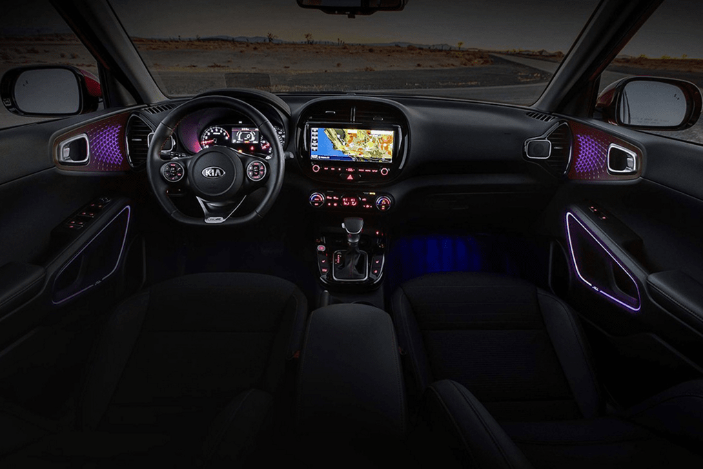 2020 Kia Soul interior technology features with lighting
