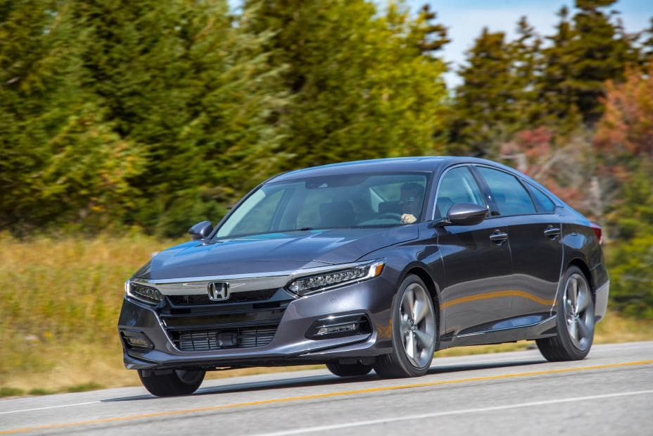2020 Honda Accord Comparison Mid Size Sedan at Hello Nissan of Valencia near Santa Clarita, Ca and Los Angeles Metro Area