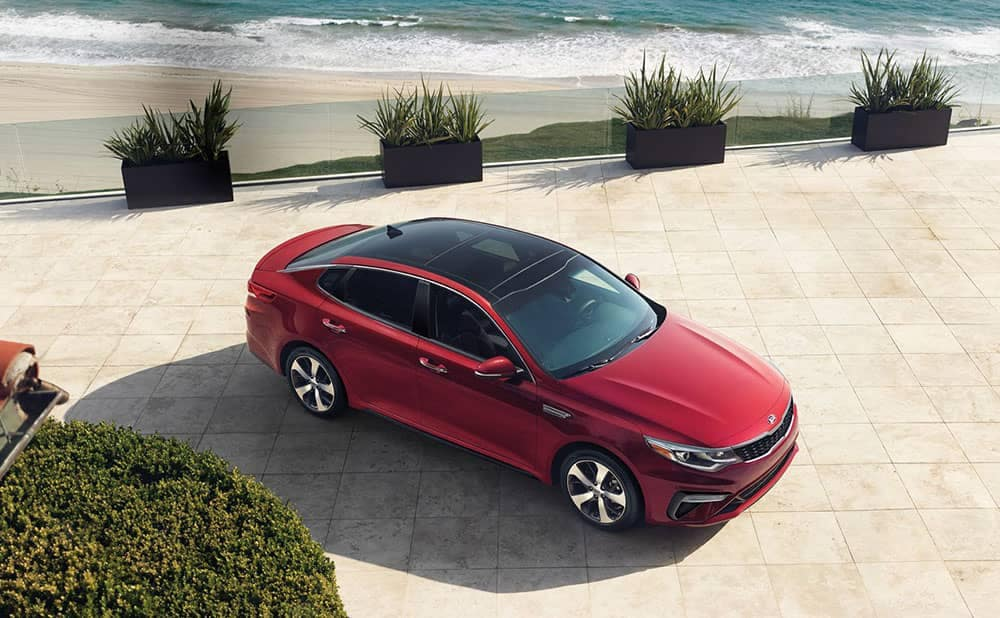 2019 Kia Optima red