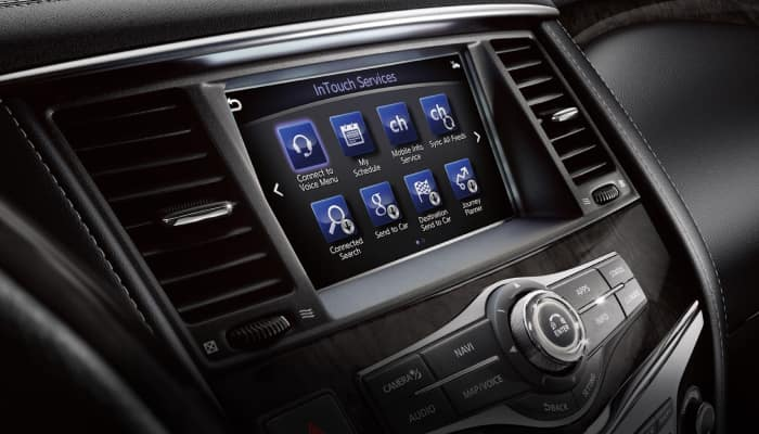 Touchscreen display inside the 2019 INFINITI QX80