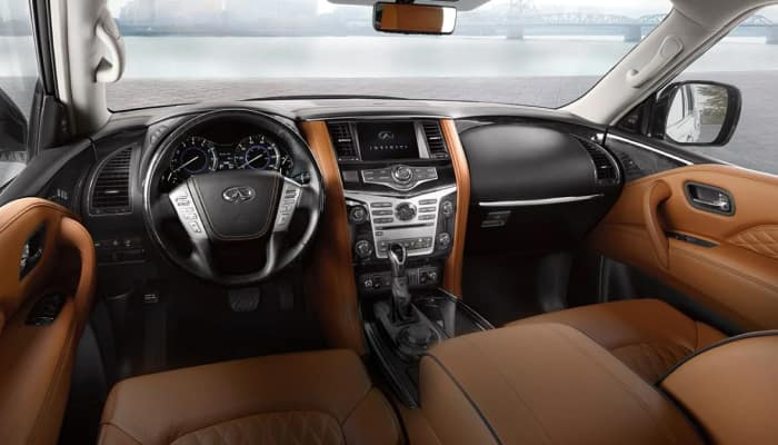 The spacious interior of the 2019 INFINITI QX80