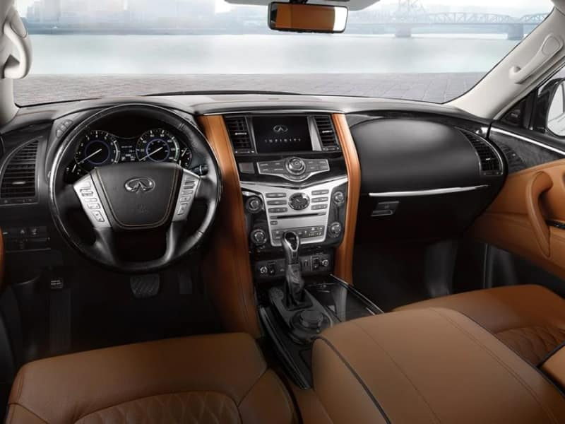 The luxurious interior of the 2019 INFINITI QX80