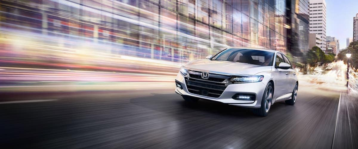 2019-Honda-Accord-Sedan-Exterior-03