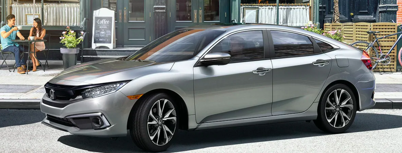 2020 Honda Civic outside Cafe