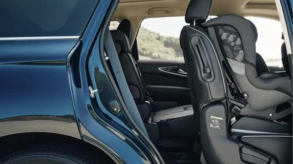 2019 INFINITI QX60 three rows of seating