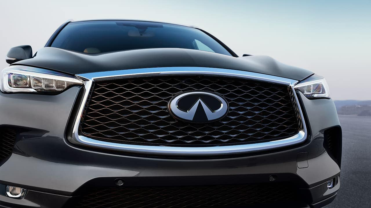 2019 INFINITI QX50 close up of grille