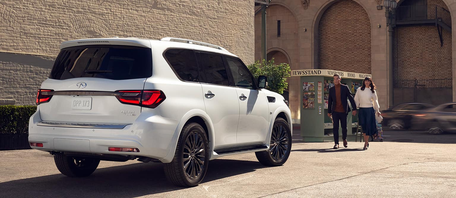 exterior or the 2020 QX80 in an alleyway