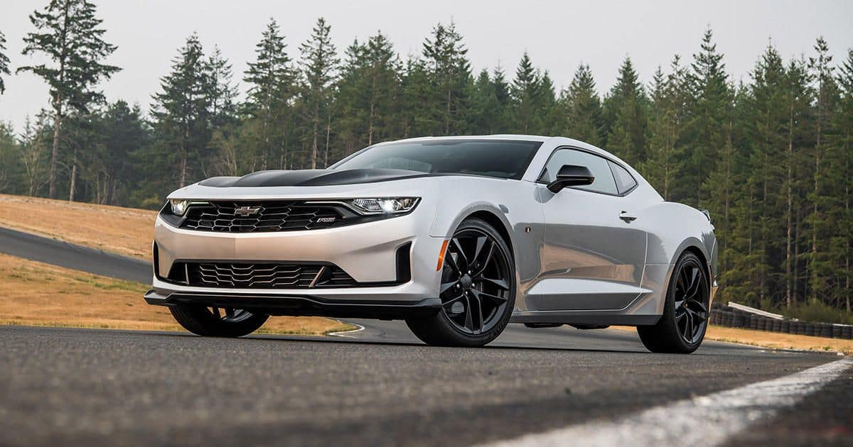 2019 Camaro SS vs 2019 Mustang GT near Tulsa, OK