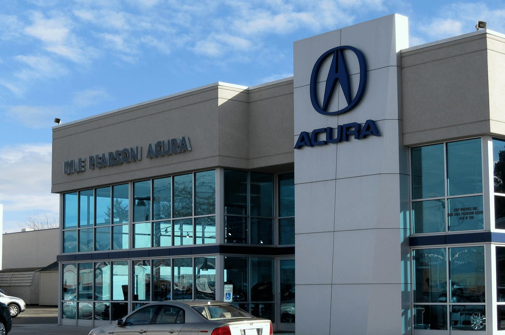 Lyle Pearson Acura Exterior