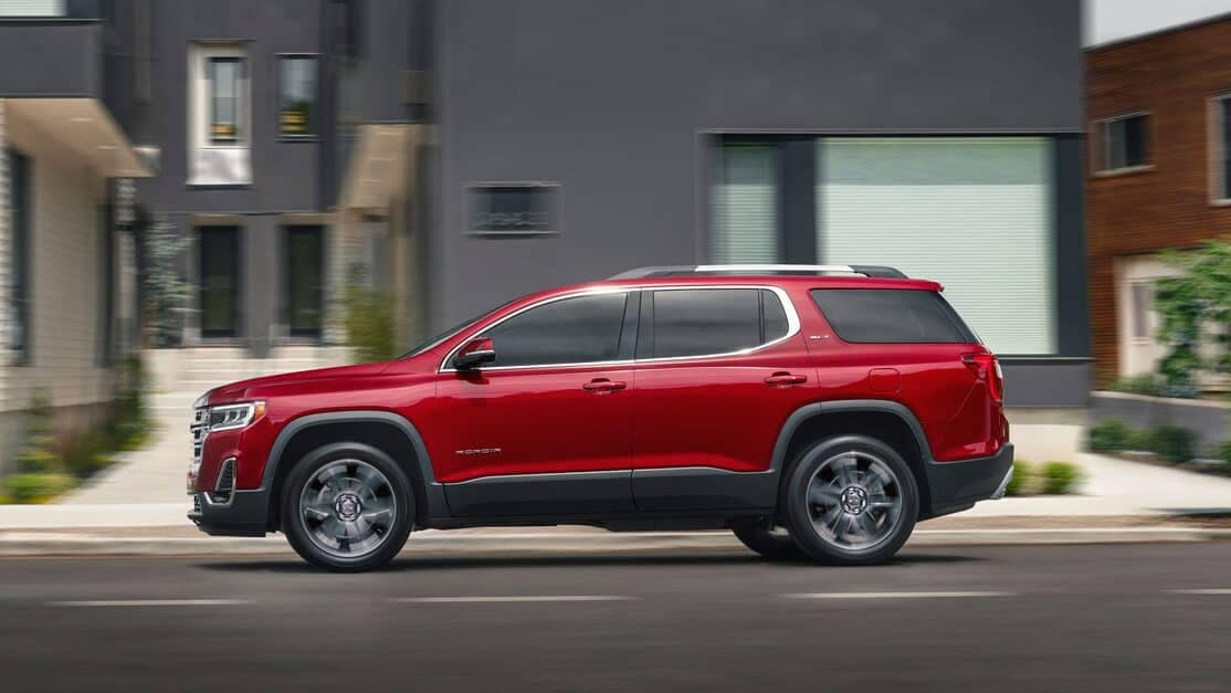 2020 GMC Acadia Side View