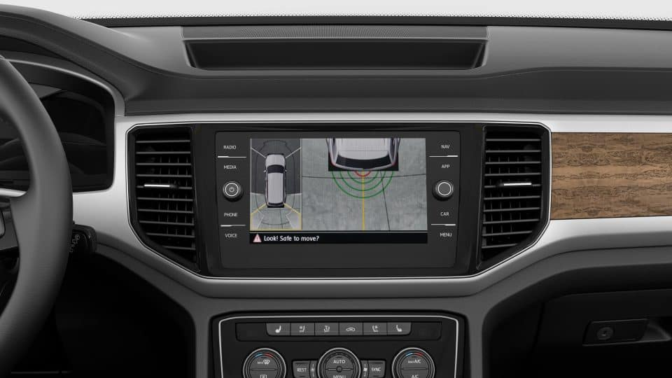 2019 VW Atlas rearview camera