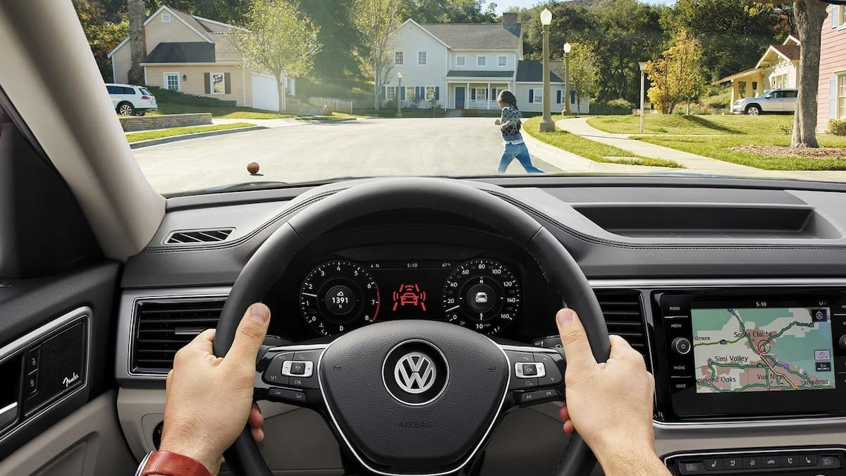 2019 VW Atlas front assist