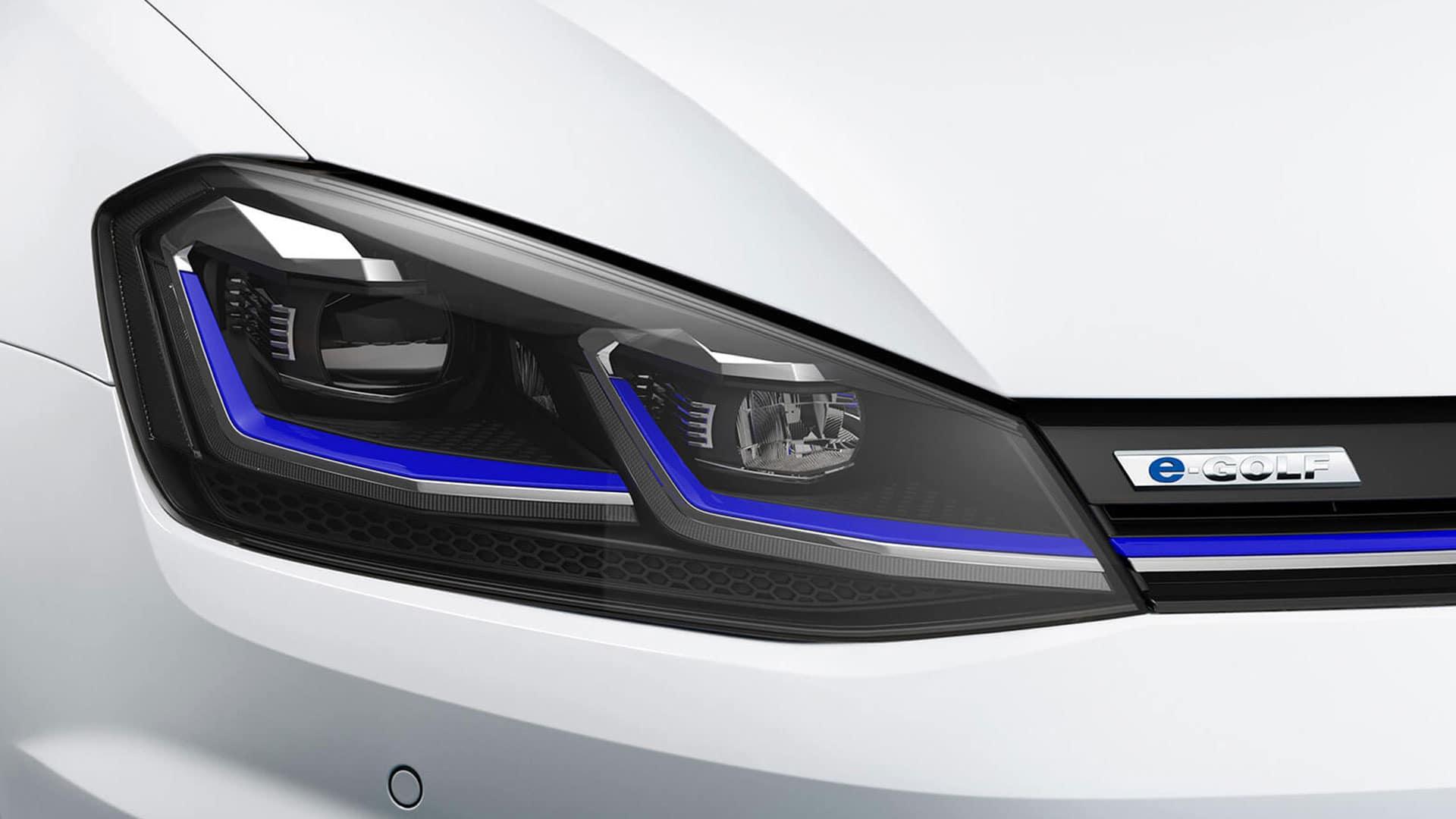2019 VW e-Golf LED headlights
