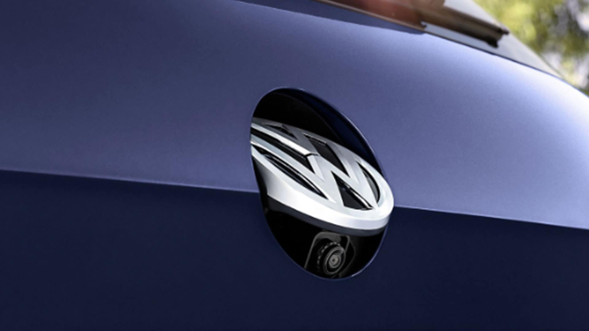 2019 VW e-Golf rearview camera