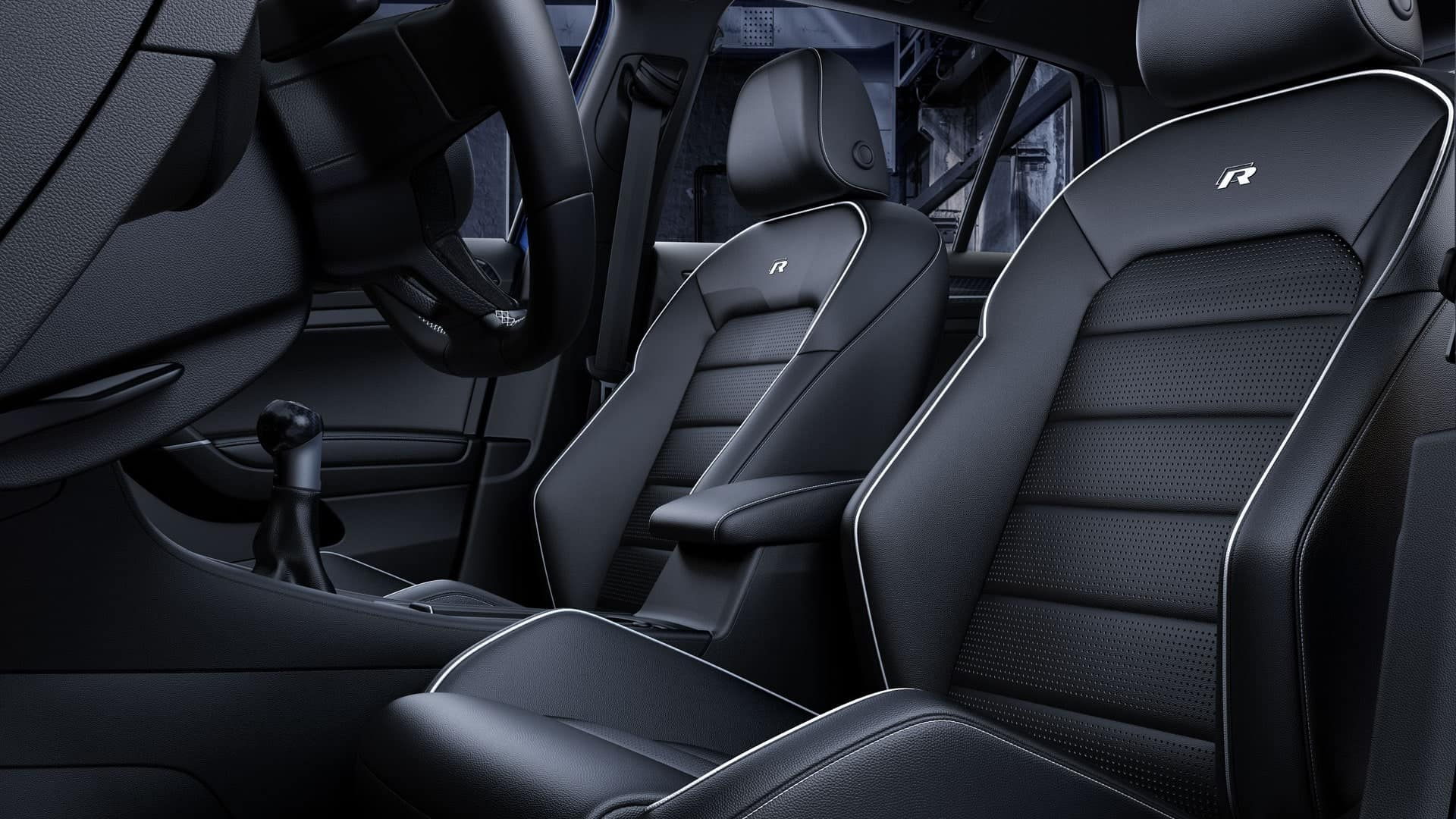 2019 VW Golf R bucket seats