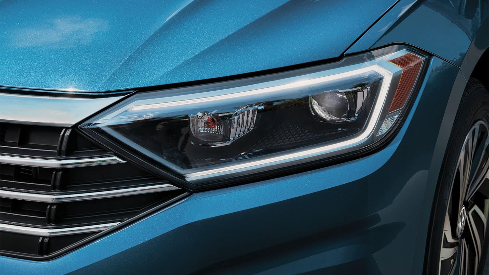 2019 VW Jetta LED headlights