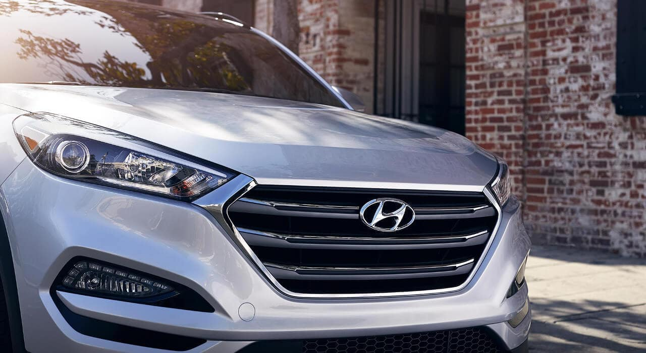 2018 Hyundai Tucson front exterior up close