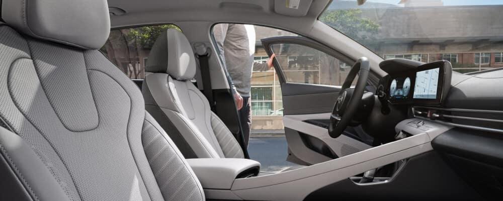 2021 Hyundai Elantra interior front seat