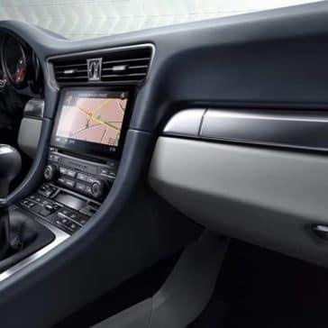 2019-Porsche-911-Carrera-Interior
