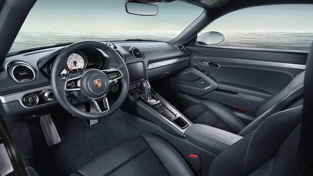 2021 Porsche 718 Boxter Interior