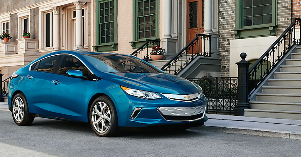 New 2019 Chevrolet Volt LT FWD