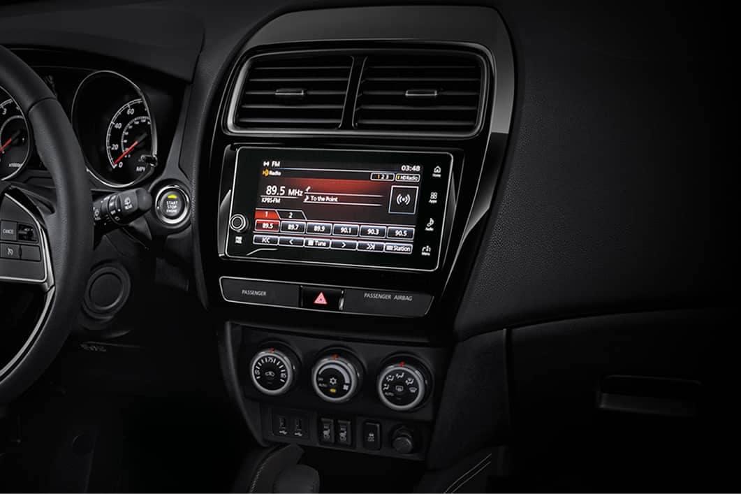 2019 Mitsubishi Outlander Sport listen to HD radio