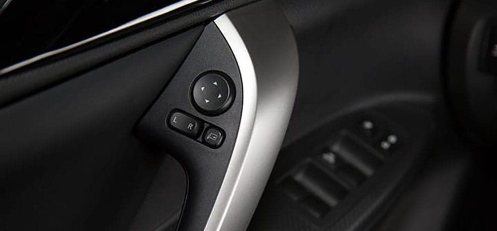 2019 Mitsubishi Eclipse Cross controls