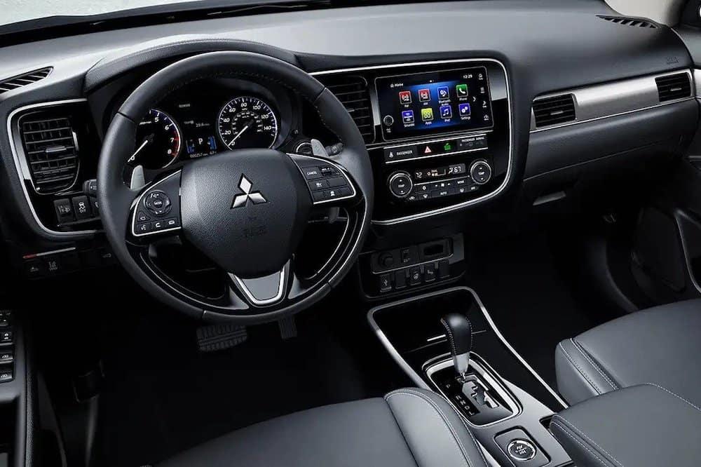 2019 Mitsubishi Outlander dashboard