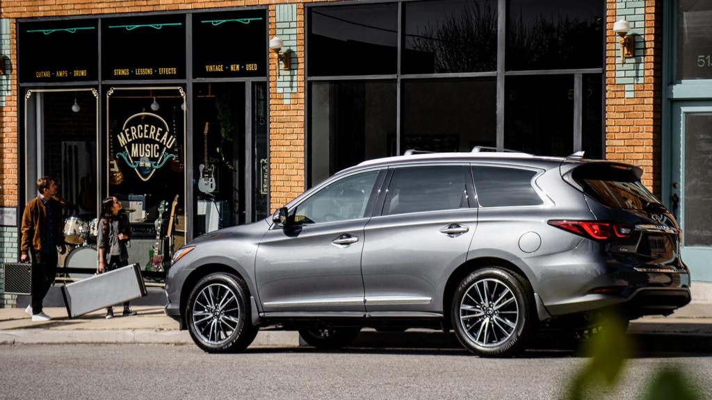 INFINITI QX60 Luxury SUV Comparison