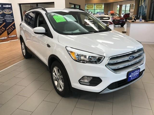 2018 FORD ESCAPE SE 4WD  DEMO SPECIAL