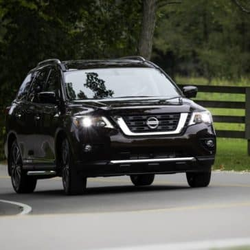 2019 Nissan Pathfinder Driving