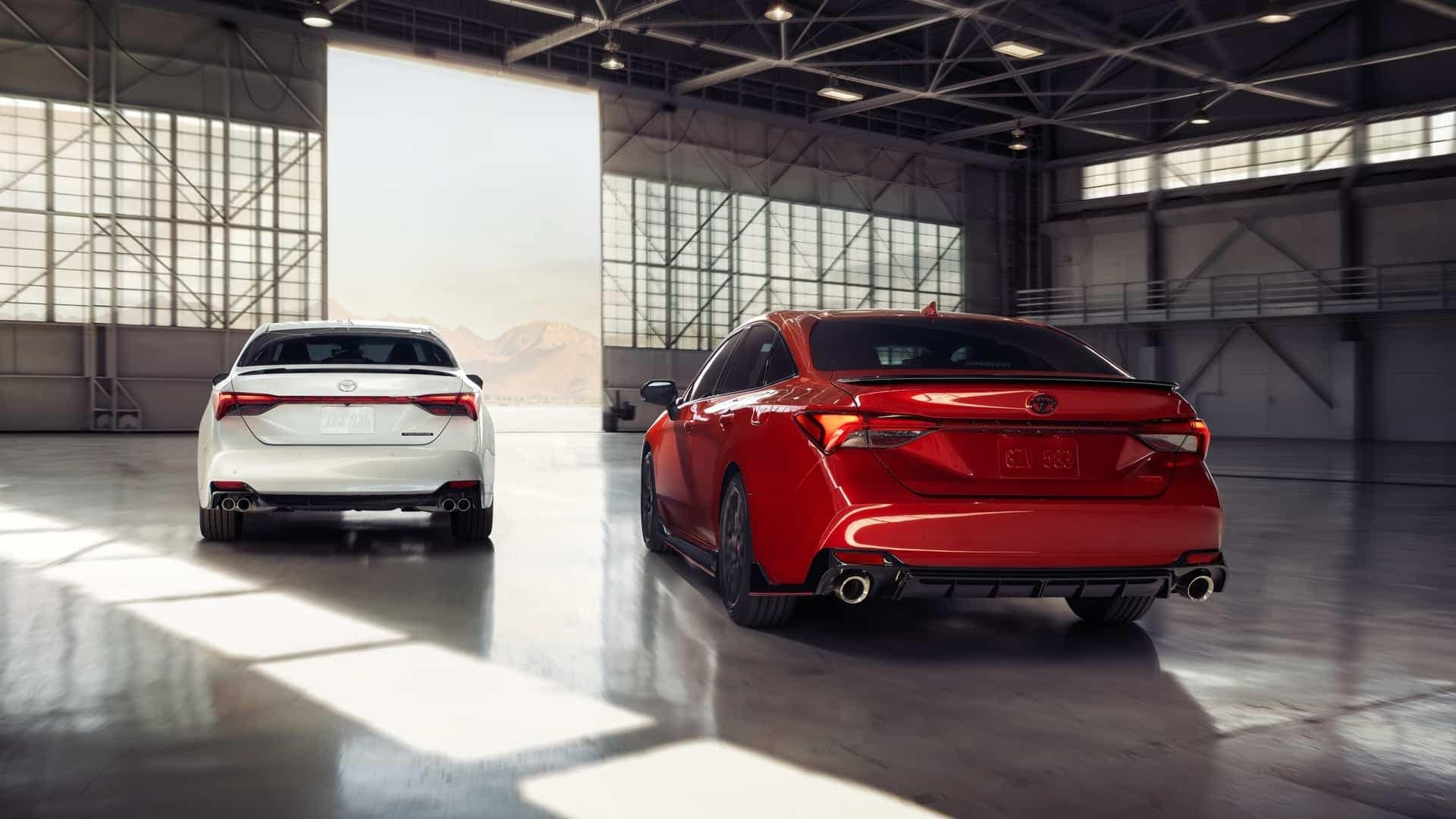 What's new with the 2020 Toyota Avalon near Cranston RI