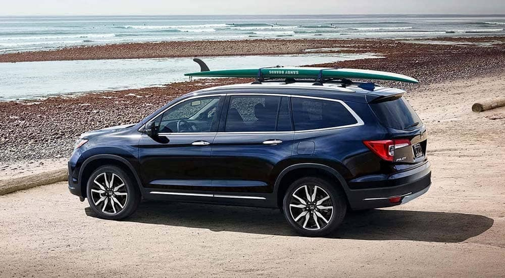 2019 Honda Pilot Parked at Beach