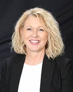Donna  Overton