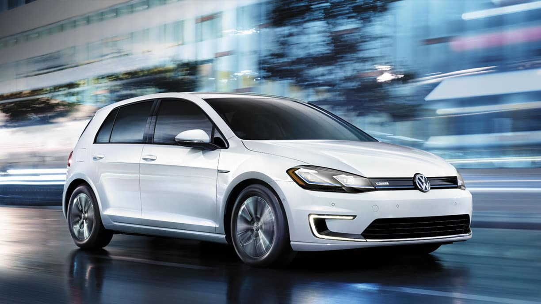 2019 VW e-Golf driving through a city