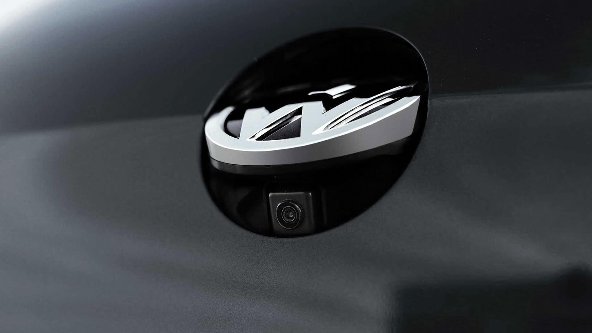 2019 VW Golf GTI rearview camera